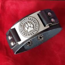 Кожаный браслет Лапа Велеса в руническом круге