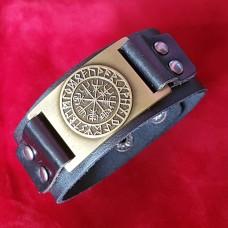 Кожаный браслет Вегвизир в руническом круге