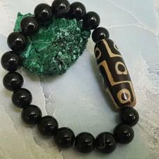 Браслет из  камня Чёрный Агат с бусиной Дзи  9 глаз