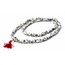 Четки из белой кости с черным символом ОМ / 108 бусин