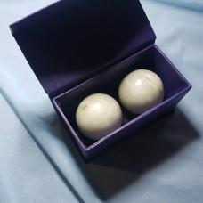 Нефритовые шары/ диаметр 5см